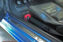 Elektrisch verstellbare Recaro Sitze in Leder sorgen für guten Halt